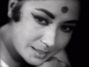 Dil Apna aur Preet Parai ajeeb dastaan Meena Kumari