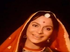 Reshma aur Shera tu chanda main Waheeda Rehman