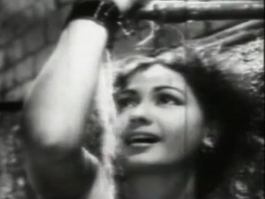 Footpath kaisa jaadoo dala re Meena Kumari